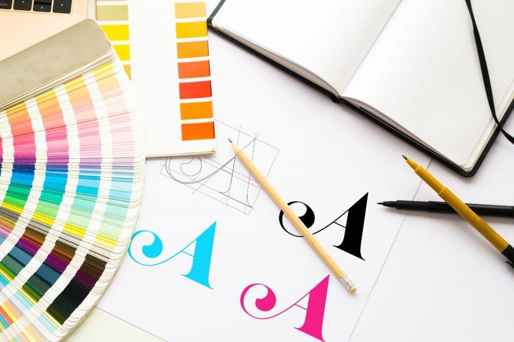 Font seçimi markanın kurumsal kimliğinde yer tutan bir diğer önemli bileşendir.
